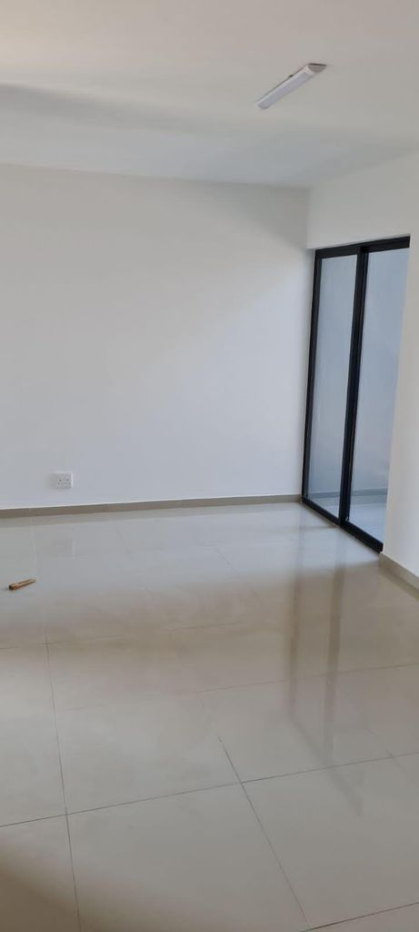 1 Bedroom House For Sale in Athlone Park